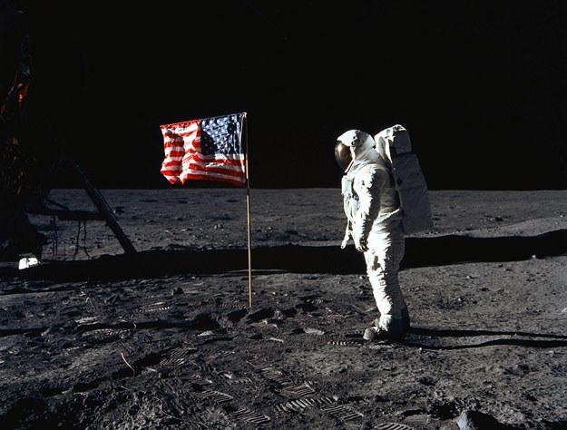 Rosjan zastanawia zagadkowe zniknięcie m.in. tego zdjęcia fot. NASA /AFP