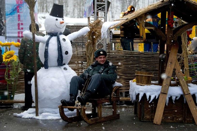 Rosjanie przechowają blisko 450 tysięcy metrów sześciennych śniegu w górach Kaukazu przed igrzyskami /AFP