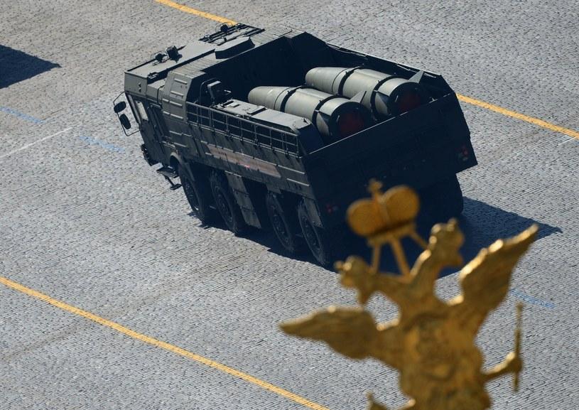 Rosjanie przewożą Iskandery do Kaliningradu /Sputnik News /East News