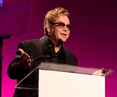 Rosjanie zażartowali z Eltona Johna, gwiazdor komentuje