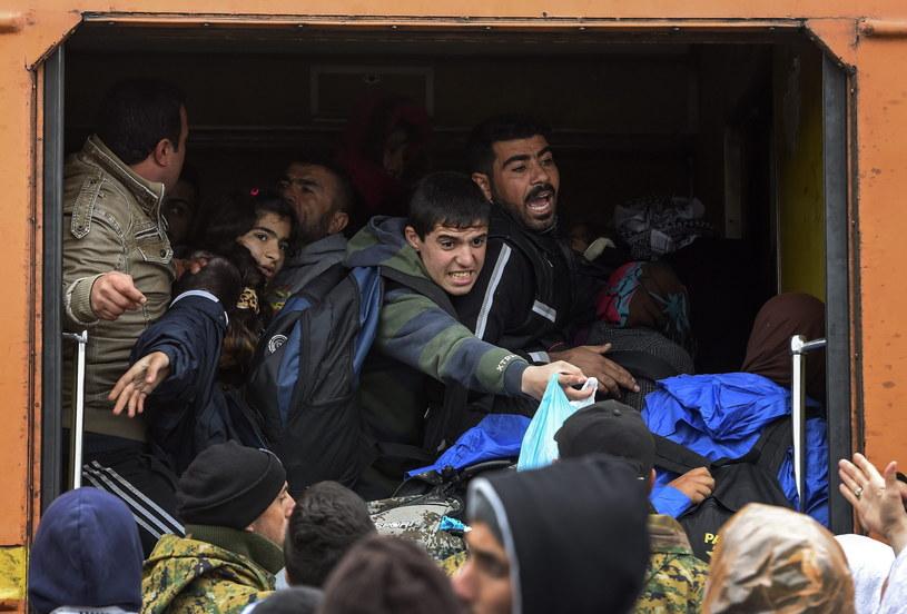 Rośnie fala uchodźców na Bałkanach /PAP/EPA
