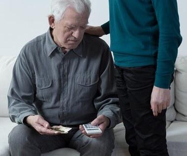 Rośnie liczba pracujących emerytów. Eksperci: Decydują o tym nie tylko głodowe świadczenia