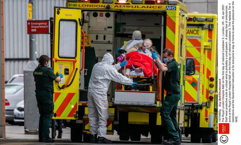 Rośnie liczba zakażeń w Wielkiej Brytanii /Guy Bell/Shutterstock /East News
