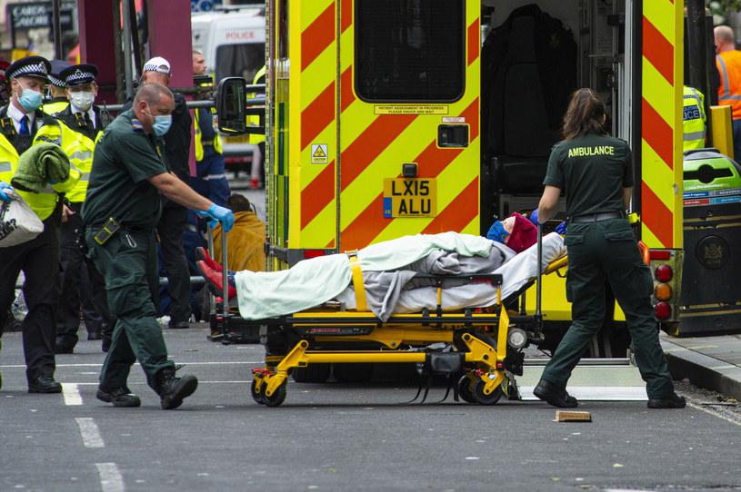 Rośnie liczba zgonów z powodu COVID-19 /Lucy Young/Eyevine/East News /East News