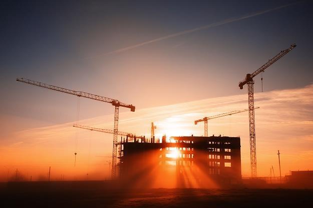 Rośnie nadpodaż na rynku nieruchomości biurowych /©123RF/PICSEL