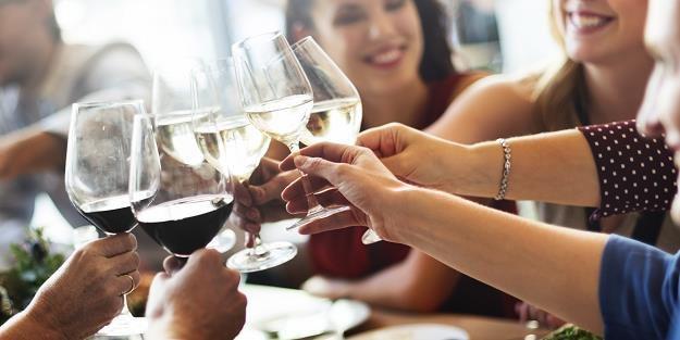 Rośnie spożycie wina w Polsce /©123RF/PICSEL