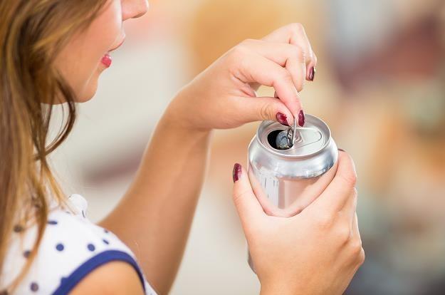 Rośnie sprzedaż napojów energetycznych /©123RF/PICSEL