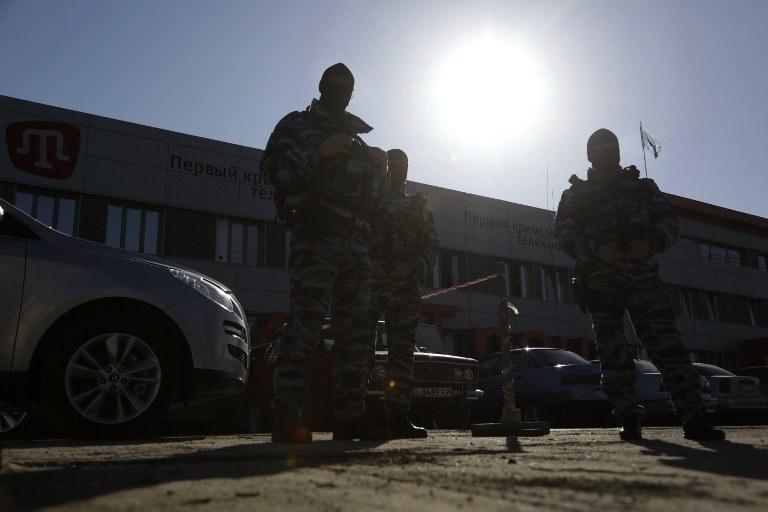 Rosyjscy oficerowie na Krymie /AFP