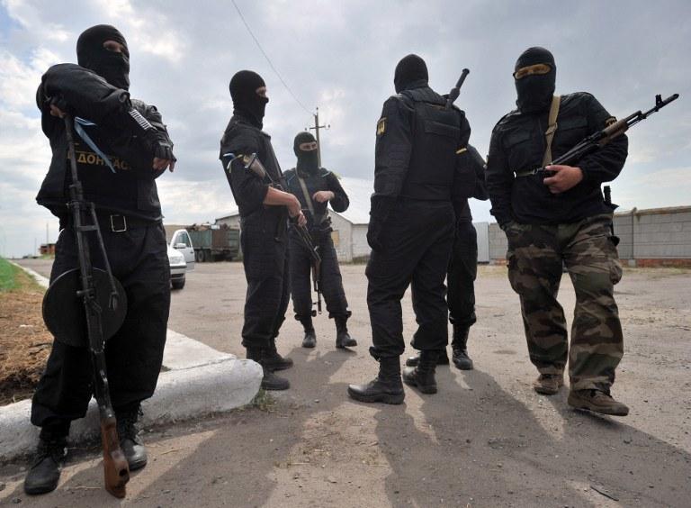 Rosyjscy separatyści w Donbasie /AFP