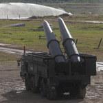 Rosyjscy żołnierze ćwiczą niedaleko polskiej granicy. Testują rakiety Iskander-M