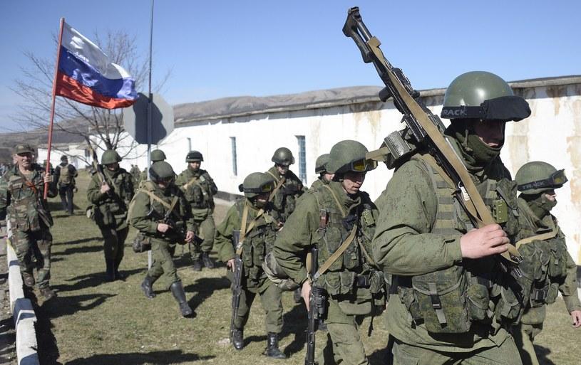 Rosyjscy żołnierze w Symferopolu /AFP