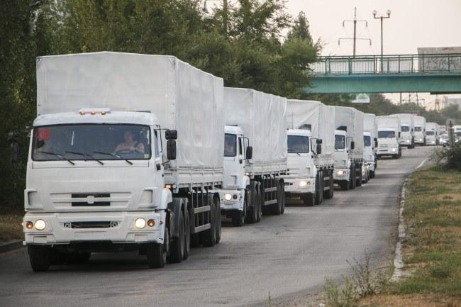 Rosyjski konwój zmierzający na Ukrainę /KIRILL USOLTSEV/MOE-ONLINE.RU /PAP/EPA