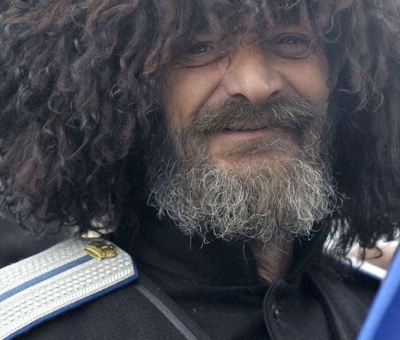 Rosyjski Kozak w tradycyjnej papasze /AFP