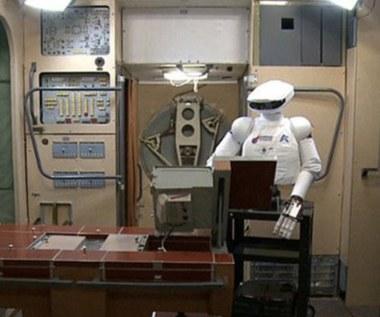 Rosyjski robot-astronauta na ISS w 2015 r.