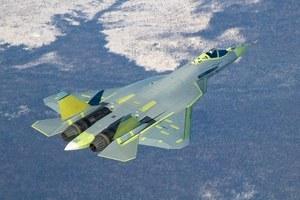 Rosyjski Suchoj T-50 lepszy od amerykańskich F-22 i F-35