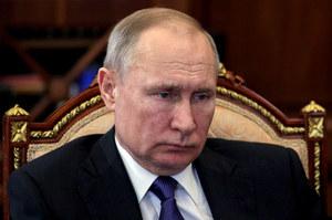 """Rosyjskie media: Córka tajemniczej multimiliaderki """"niesamowicie podobna"""" do Putina"""