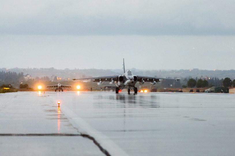 Rosyjskie samoloty wracają z Syrii /PAP/EPA