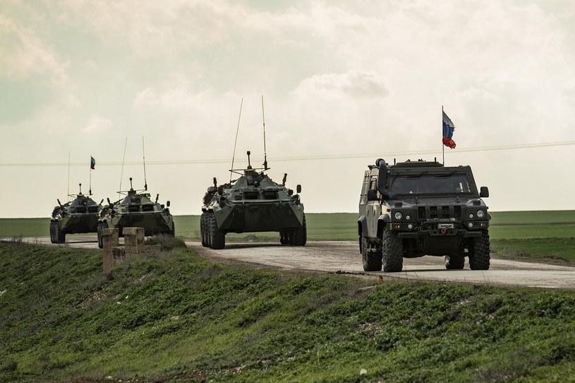 Rosyjskie siły w północno-wschodniej Syrii /DELIL SOULEIMAN /AFP