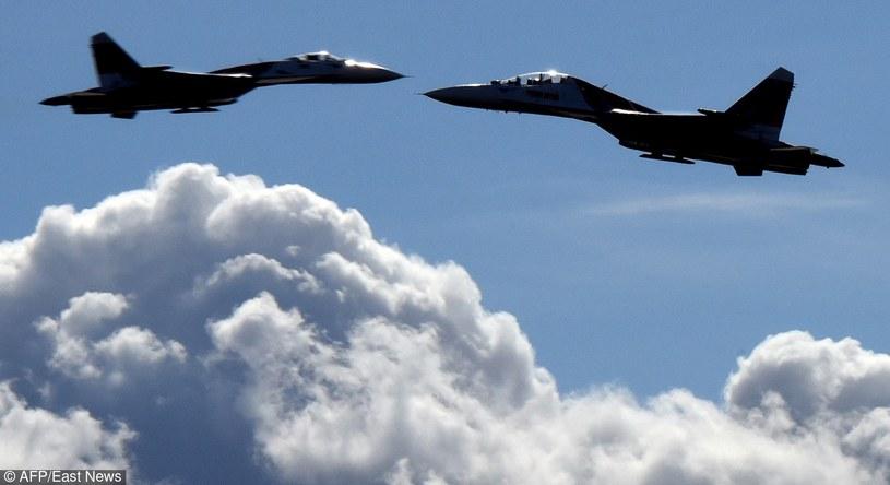 Rosyjskie Su-27 podczas zawodów lotniczych, zdjęcie ilustracyjne /AFP /East News