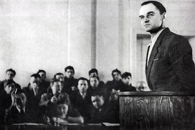 Rotmistrz Witold Pilecki przed sądem w Warszawie w 1948 roku. Reprodukcja: Marek Skorupski /Agencja FORUM
