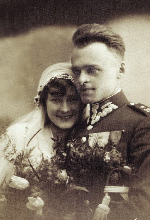 Rotmistrz Witold Pilecki z żoną Marią, 1931 rok. Reprodukcja: FoKa /Agencja FORUM