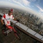 Rowerem na najwyższy hotel świata