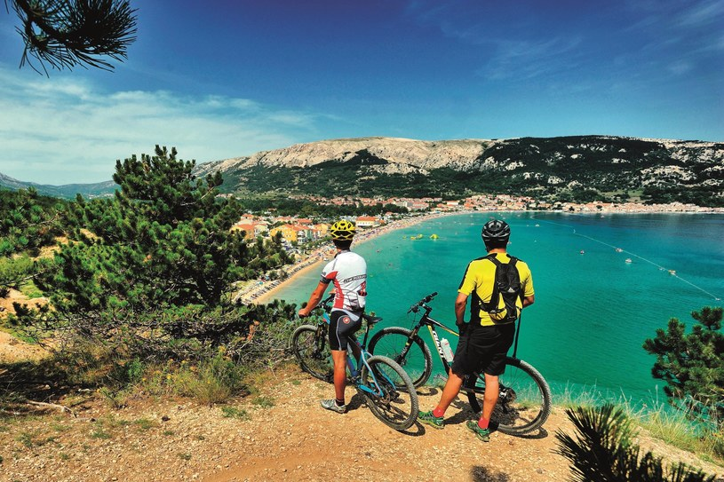 Rowerzyści pokochali wyspę Pag /Vedran Metelko / Chorwacka Wspólnota Turystyczna  /materiały prasowe
