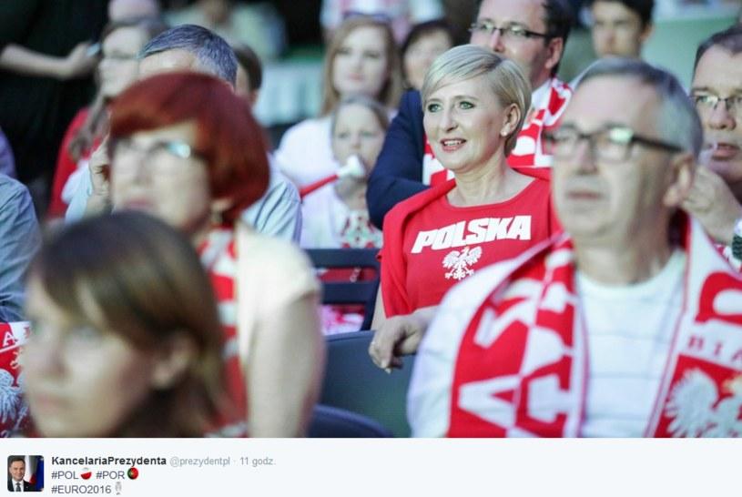 Również Pierwsza Dama kibicowała naszym piłkarzom /Twitter