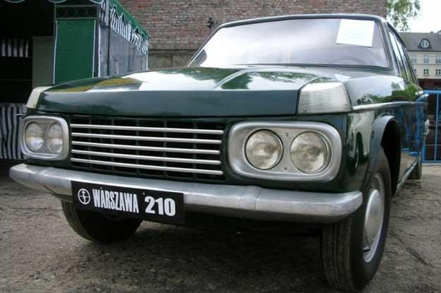 Również warszawa 210 nie była produkowana. Była pierwowzorem... wołgi? /INTERIA.PL