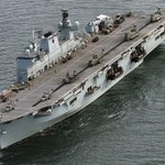 Royal Navy wycofa ze służby flagowy i nowoczesny okręt