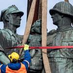 Rozbiórka Pomnika Wdzięczności dla Armii Radzieckiej w Legnicy