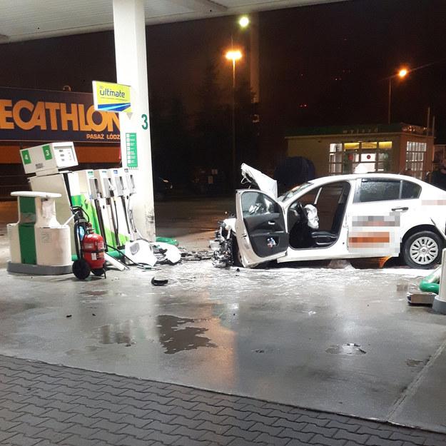 Rozbita taksówka, za której kierownicą siedziała 17-latka /Słuchacz RMF FM /Gorąca Linia RMF FM