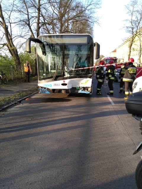 Rozbity autobus. /Gorąca Linia /Gorąca Linia RMF FM
