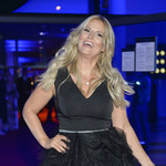 Roześmiana Dominika Tajner na imprezie z celebrytami