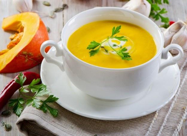 Rozgrzewająca zupa z dyni /123RF/PICSEL