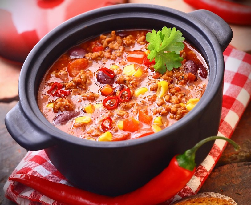 Rozgrzewające chilli con carne /123RF/PICSEL
