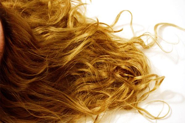 rozjaśnianie włosów /© Photogenica