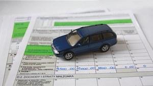 Rozlicz sprzedaż auta w PIT