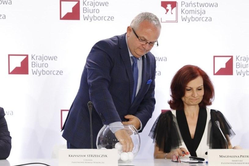 Rozlosowano numery list wyborczych /Grzegorz Banaszak /Reporter