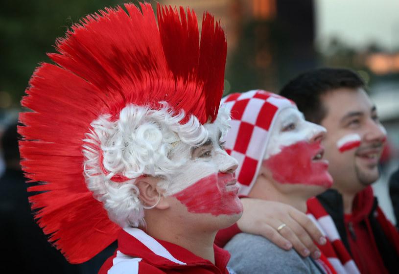Rozmowa mężczyzn podczas meczu piłkarskiego ogranicza się do losowego korzystania z 10 słów, z czego 8 jest niecenzuralnych /Getty Images