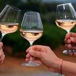 Różowe wino zyskuje na popularności