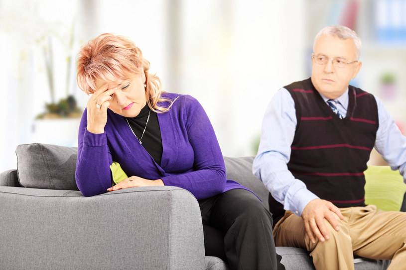 Rozpad małżeństwa następuje stopniowo /123RF/PICSEL