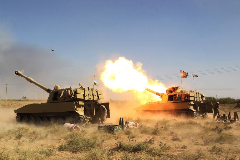 Rozpoczęcie ofensywy na ostatnie miasta kontrolowane przez IS /AHMAD AL-RUBAYE /AFP