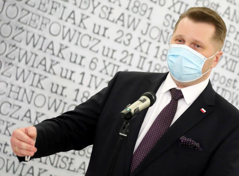 Rozpoczęcie roku szkolnego już jutro, na zdjęciu Przemysław Czarnek /Piotr Molecki /East News