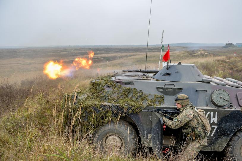 Rozpoznawcze BRDM-2 nie mają już żadnej wartości bojowej /GERARD/ REPORTER /East News
