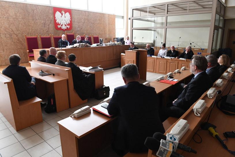 Rozprawa apelacyjna w Sądzie Okręgowym dotycząca wyroku uniewinniającego lekarzy, którzy leczyli Jerzego Ziobrę /Jacek Bednarczyk   /PAP