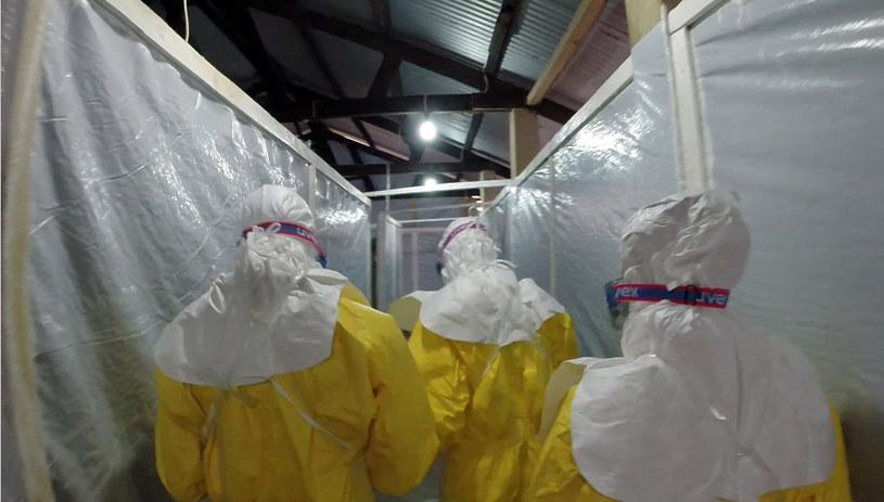 Rozprzestrzeniająca się w Gwinei gorączka krwotoczna Ebola wymyka się spod kontroli /AFP