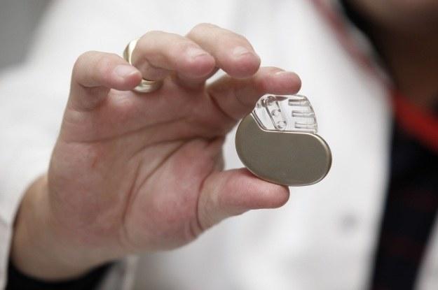 Rozruszniki serca są coraz mniejsze i coraz słabiej zabezpieczone przed atakami z zewnątrz /123RF/PICSEL