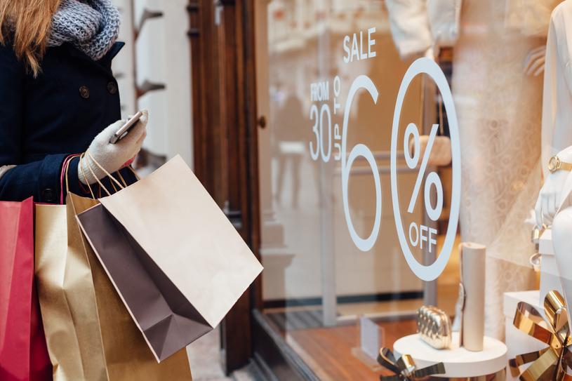 Rozsądne kupowanie nie polega wyłącznie na poszukiwaniu najniższych cen /123RF/PICSEL