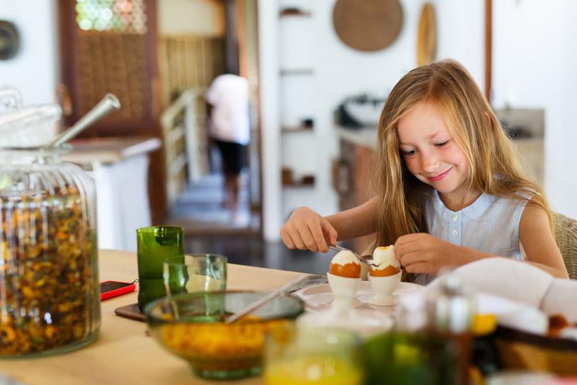 Rozwój mózgu zależy w dużej mierze od diety /123RF/PICSEL